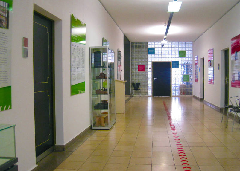 The signage system and many information boards of the exhibition Wohnhaft in Bruchsal were implemented by the design agency 3We.